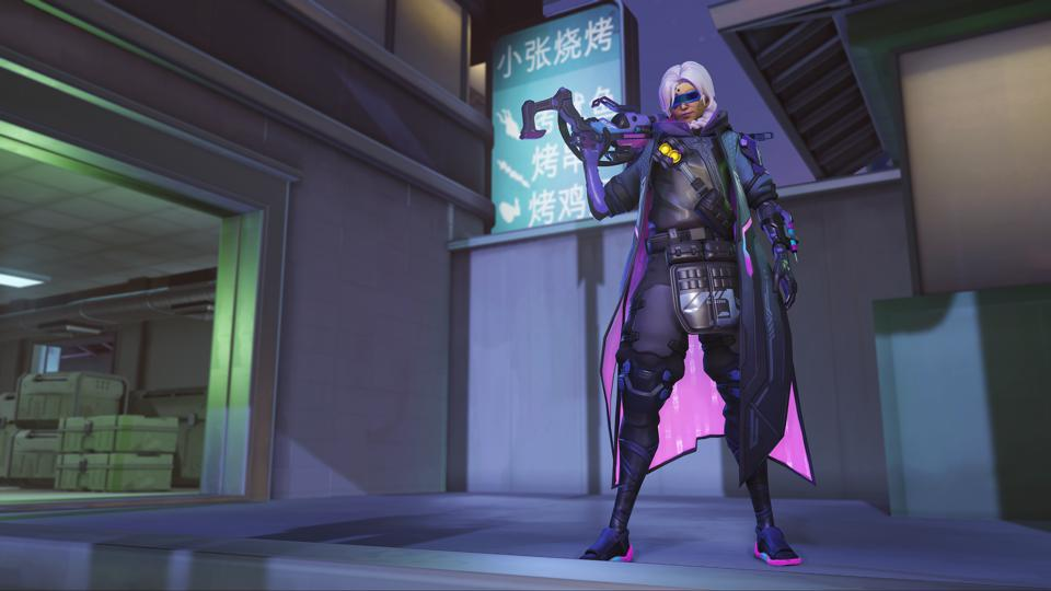 Moira Christmas Skin 2021 Overwatch Anniversary Event Brings Groovy New Cosmetics More
